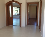Property for sale Yalova hallway